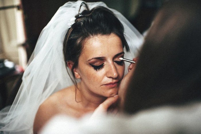make up eyes bride
