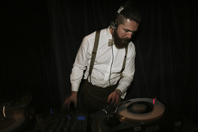 groom-dj-party-london-uk
