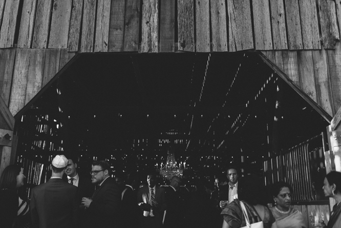 cocktail-wedding-barn-southall-meadows-franklin-tennessee