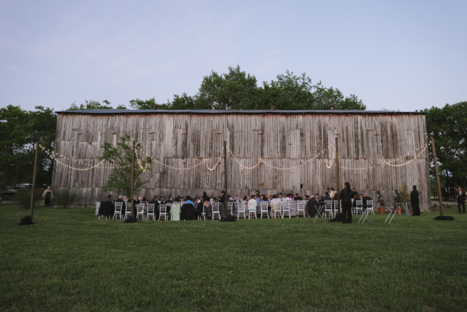 dinner-outside-barn-wedding