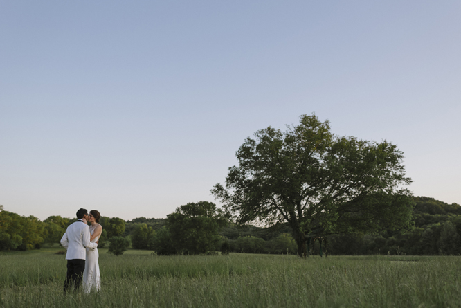 couple-session-wedding-field-sunset