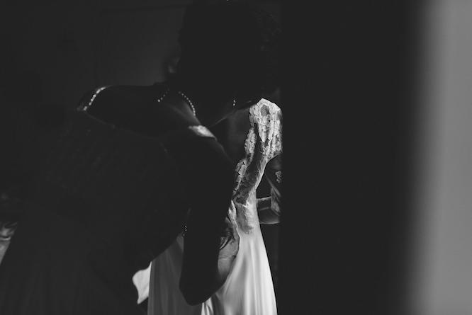 bridal-dress-get-ready