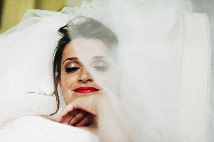 bridal portrait lipstick