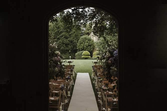 decoration-ceremony-wedding-barnsley-house